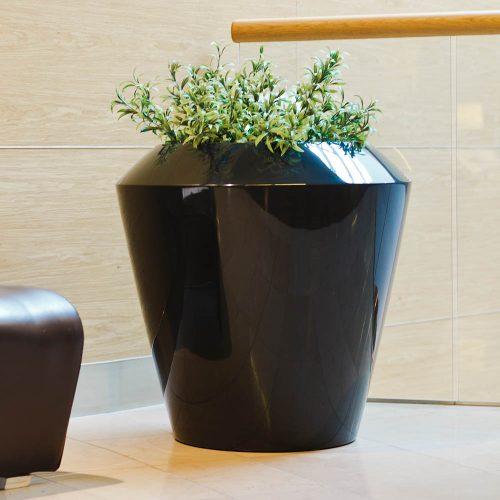 ASCAN L. Urban plant pot. Garden plant pot.