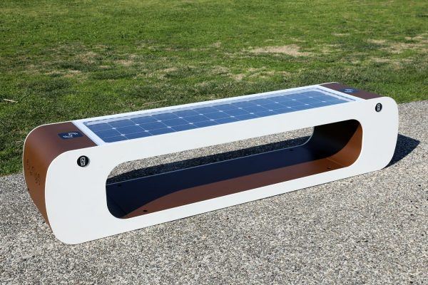 Smart bench - usb - solar panel - wifi - led