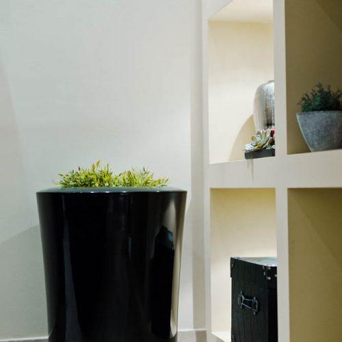 ASGAR L. Urban plant pot. Garden plant pot.